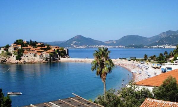 Будва - самый известный курорт в Черногории