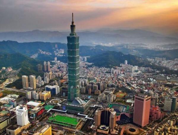 Taipei 101 в Тайпее